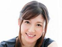 こんなにも清楚で綺麗で奥ゆかしい女性をAVで見た事がありますか? 長谷川 栞 34歳 デビュー第2章 旦那の目を離れる仕事中… お昼休みの1時間で一瞬で燃え上がる…通い詰めて即挿入SEX 4日間