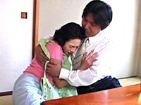 熟女妻とサラリーマンの白昼夢
