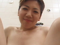 ちょっと垂れ気味の三十路熟女は巨乳でチンポをパイズリしてハメ撮り顔射
