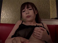 セックスレスな美人人妻と不倫中出しセックス